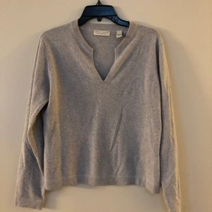LORD & TAYLOR CASHMERE SWEATER SIZE LARGE